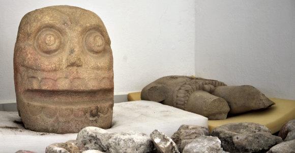 Meksikoje atrasta šventykla dievui, kuris garbintas nudiriant odą aukoms