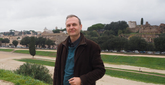 """Romos katakombose dirbantis Donatas: """"Būdamas toli nuo Lietuvos, stengiuosi atrasti įvairius kelius, kaip prie jos priartėti"""""""