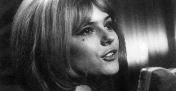 """Būdama 70-ies mirė """"Euroviziją"""" laimėjusi prancūzų dainininkė France Gall"""