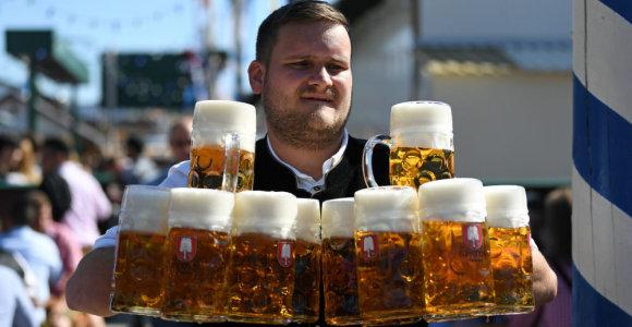 "Miunchene prasidėjo populiarusis festivalis ""Oktoberfest"""