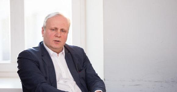 Pilkuoju valstybės kardinolu vadintas A.Januška apie tai, kaip latviai medžioklėje apgavo Brazauską ir kodėl Landsbergis niršo ant derybininkų