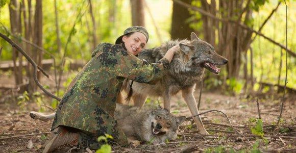 """Aistrą plėšrūnams jaučianti Jurga Anusauskienė: """"Pavojingi žvėrys vaikšto gatvėse, ne miškuose"""""""