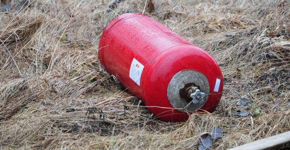 Garaže Rokiškyje nugriaudėjo sprogimas: įtariamas dujų nuotėkis