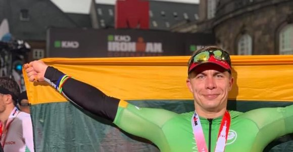 """Jonavos meras M.Sinkevičius finišavo """"Iron Man"""" varžybose: """"Mačiau porą žmonių, kurie neteko sąmonės"""""""