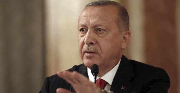 """Turkijos prezidentas: jokie """"Islamo valstybės"""" kovotojai nepabėgs iš Sirijos"""
