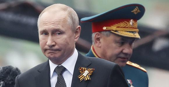 V.Putinas žada stengtis atkurti ryšius su Kijevu