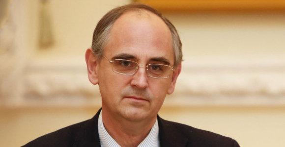Edwardas Lucasas: D.Trumpo neapdairumas elgiantis su paslaptimis pavojingas ir sąjungininkams