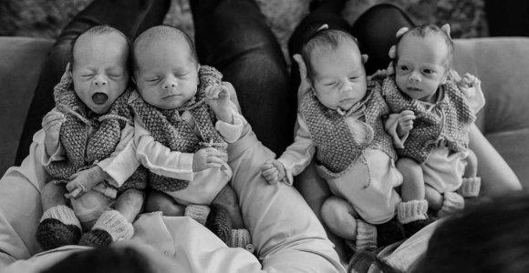 """Panevėžyje augančio ketvertuko mama Viktorija: """"Vaikus priėmė 20 žmonių komanda"""""""