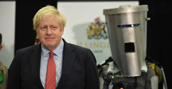 Britanijoje keliama klausimų dėl premjero B.Johnsono atostogų Karibuose