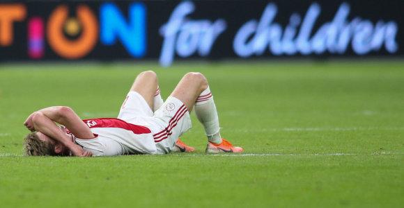"""""""Ajax"""" komanda tramdė ašaras, J.Mourinho paleido kritikos strėlių"""