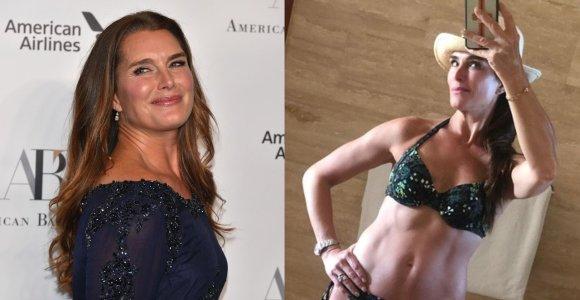 55-erių Brooke Shields figūra pavydą kelia ir už ją jaunesnėms: apsivilkti bikinį prireikė drąsos