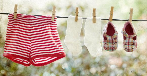 5 patarimai, kad po kelių skalbimų drabužio netektų išmesti