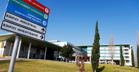 Ispanijoje patvirtintas antras viruso atvejis, JK iš Uhano evakavo dar 200 europiečių