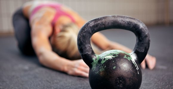 Kaip senstant išlaikyti tvirtus raumenis? Pranašumą turi tie, kurie neatsisako mėsos