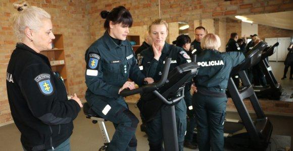 Jonavos policijos pareigūnams – nauja sporto salė