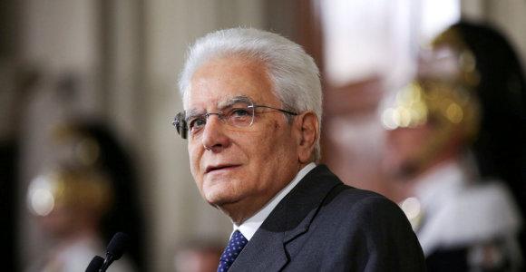 Italijos prezidentas paves partijai M5S vadovauti deryboms dėl naujos vyriausybės