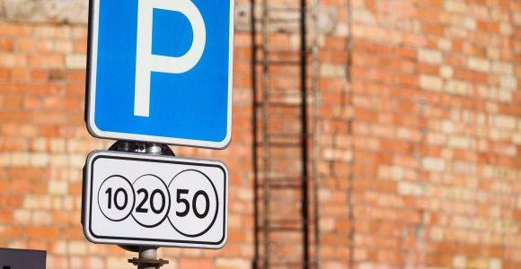 Sostinės politikai apsispręs, ar mieste brangs automobilių stovėjimas