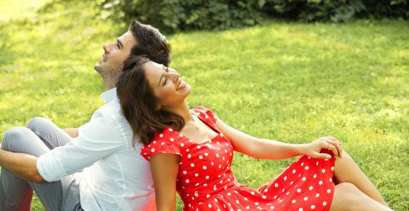 Suderinamumas pagal Zodiaką: 12 geriausiai vienas kitą papildančių porų