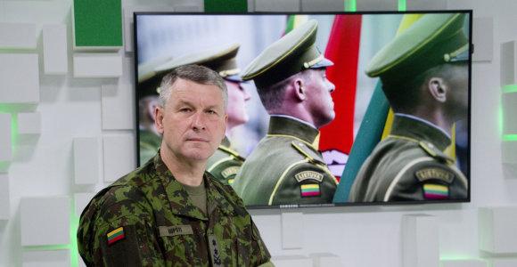 Naujasis kariuomenės vadas V.Rupšys: situacija reikalauja budrumo