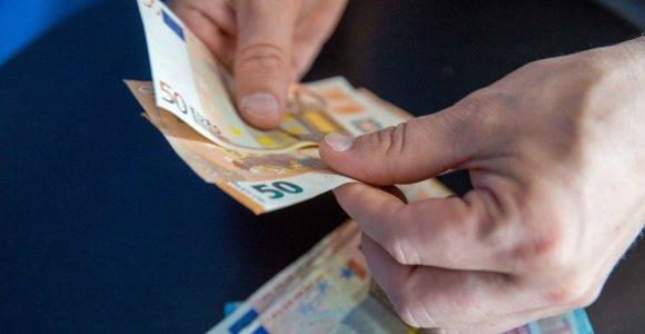 Europos Komisija pablogino euro zonos BVP augimo 2020 metais prognozę