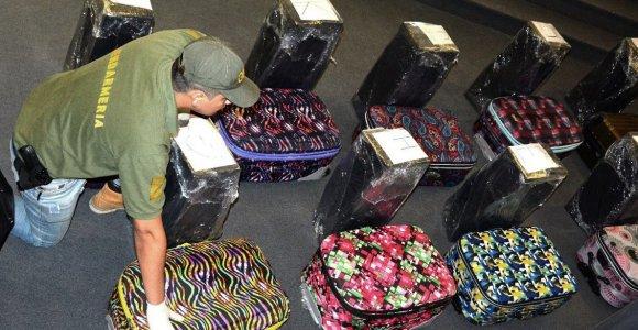Ar Rusijos ambasadoje Argentinoje rastas kokainas turėjo keliauti į Dūmą?