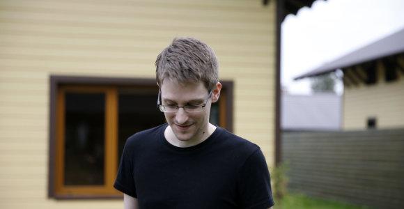Edwardas Snowdenas perspėja izraeliečius saugotis vyriausybės sekimo