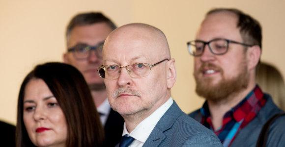 R.Valatka apie Mažeikių savivaldybės elgesį su žurnaliste: tai Konstitucijos pažeidimas juodžiausiu būdu