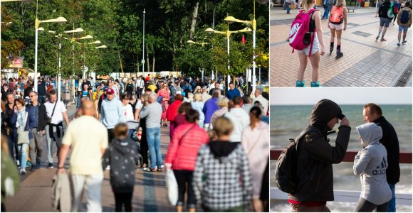 Palangoje – poilsiautojų minios: vieniems pakanka trumpų šortų, kitus sušildo tik striukės