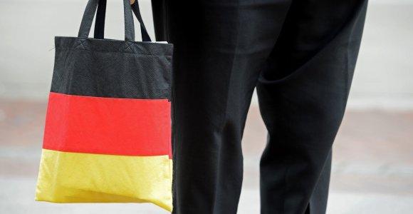 Prekybos karų atgarsiai: krentantis eksportas sudavė smūgį Vokietijos prekybos pertekliui