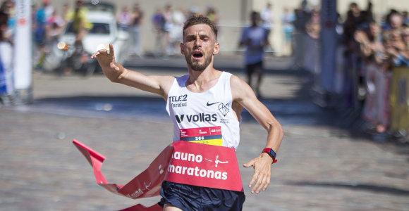 """Frankfurto maratono trasa tiesiog skriejęs Remigijus Kančys: """"Žiauriai gerai"""""""
