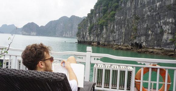 Vietname keliavusio biuro istorija: kaip dirbti, kai aplink – tokie vaizdai?
