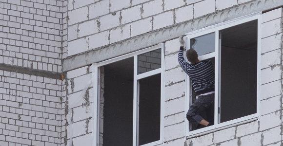 Kyla pigiausias Vilniaus daugiabutis: gyventojai stebisi statybininkų išmone
