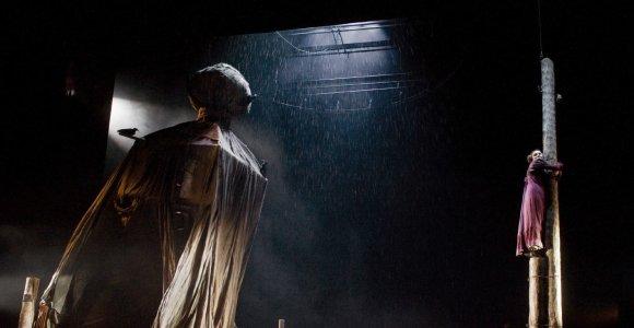 """Rimas Tuminas apie spektaklį """"Revizorius"""": tai vienišų žmonių meilės istorija"""