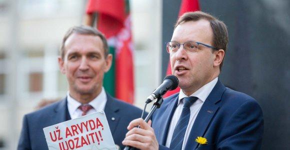 Centro partijos planai bendradarbiauti su A.Juozaičiu bliūkšta