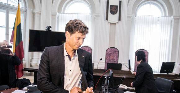 """""""MG Baltic"""" politinės korupcijos byloje planuojama tęsti D.Mockaus apklausą"""