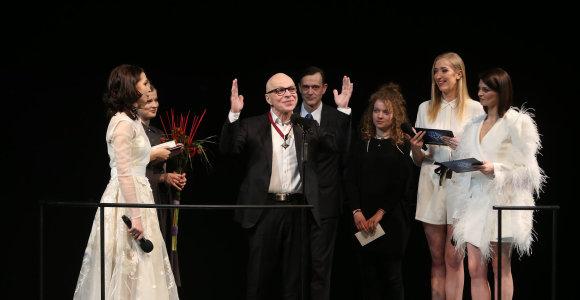 """""""Auksiniu scenos kryžiumi"""" apdovanotas aktorius Vytautas Anužis: """"Manyje anksčiau buvo ežio, buvo kariautojo"""""""