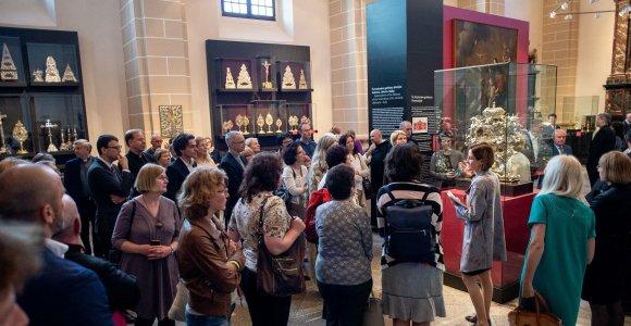 Populiarėjanti gimtadienio ar vestuvių šventės idėja – ekskursija į muziejų