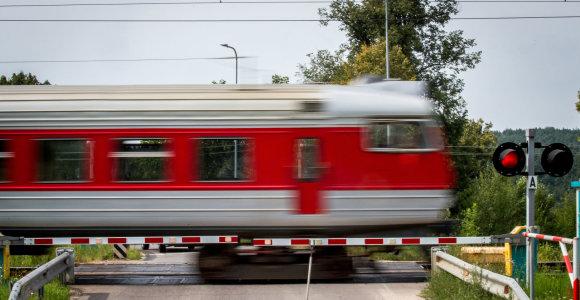 Atmintinė keleiviams: kokios prevencinės priemonės išlieka traukiniuose?