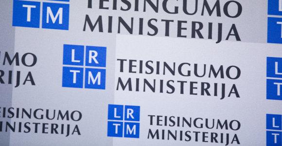 Teisingumo ministerija pateikė teisėjams apsvarstyti Tarėjų ir susijusių įstatymų projektus