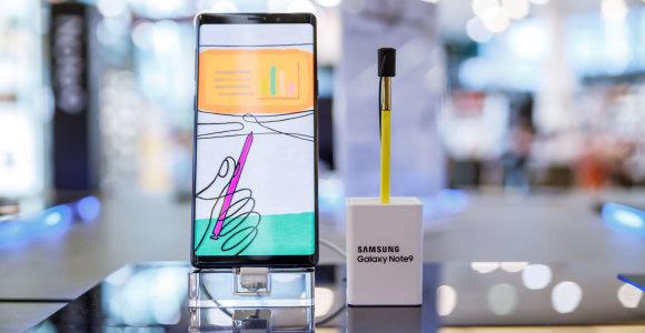 """""""Galaxy Studija"""": kuo stebina naujausias """"Samsung"""" flagmanas?"""