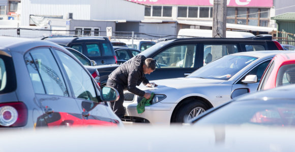 Sausis automobilių rinkoje: trys modeliai, kurie savininkus keitė dažniausiai