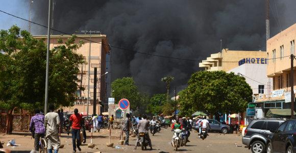 Burkina Fase užpuolikai katalikų bažnyčioje nužudė šešis žmones