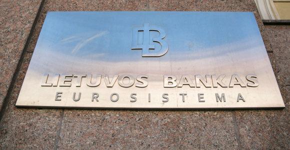Vyriausybė palaiko siūlymą daugiau galių suteikti LB, vertinant bankų sandorius