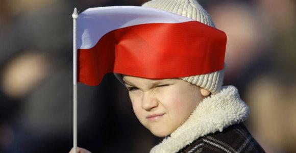 Žymūs lenkai apie Lenkijos Nepriklausomybės šimtmetį: dėl ko jiems nėra gėda