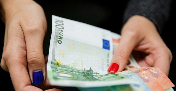 TOP atlyginimai liepą: 41 tūkst. eurų išmokėjusi N.Numavičiaus bendrovė aplenkė visus