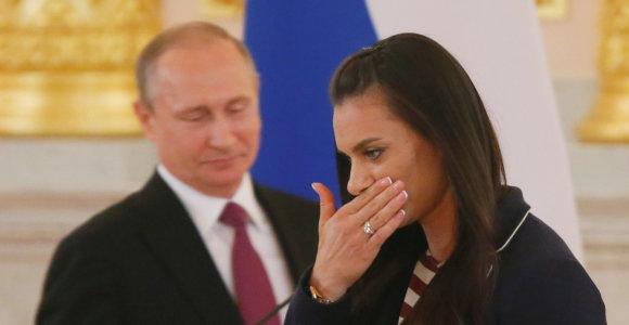 WADA liepė Rusijai iš pareigų atleisti legendinę Jeleną Isinbajevą