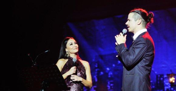 Karina Krysko ir Jeronimas Milius pristato naujausią ir geriausią koncertinę programą