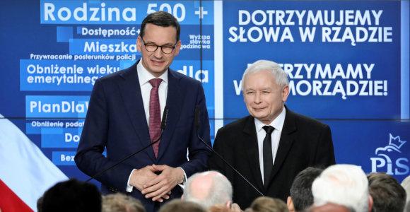 Rinkimai Lenkijoje: valdančiųjų smūgis dešine ir nokautuota opozicija