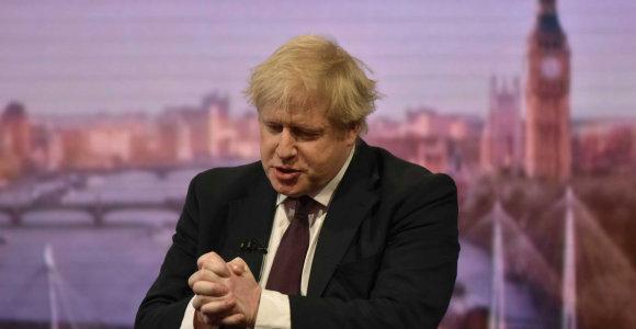 Keršto nuotaikos Londone: triumfuojantys konservatoriai nusitaikė į BBC