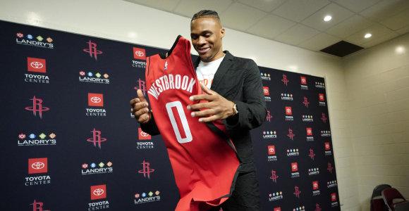 """Po 11 metų Oklahomoje R.Westbrookas pareiškė: """"Dabar man rūpi viena komanda – """"Rockets"""""""